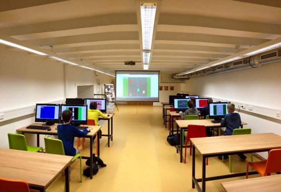 Dílny, učebny a prostory nacházející se v Centru robotiky.