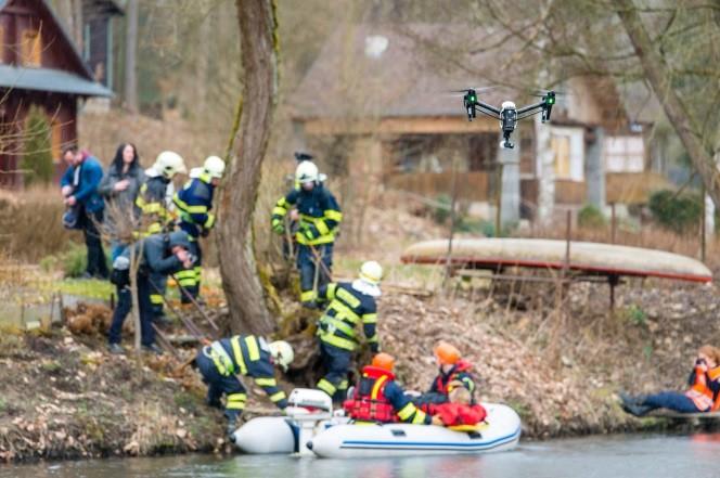 Integrovaný Záchranný Systém - Povodně (Mže) 2016 letící dron