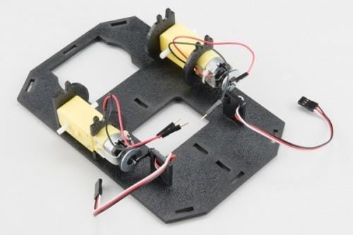 Připevnění motoru - Krok čtvrtý - RedBot