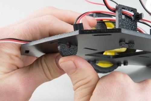 Připojení kluzné části - RedBot