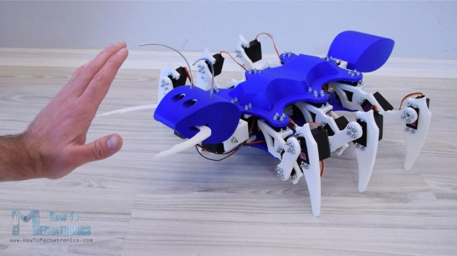 Arduino Mravenec umí zastavit před překážkou