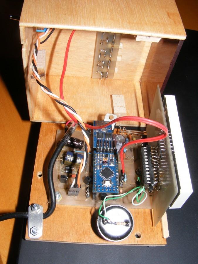 Arduino hodiny s ESP8266 -Vnitřní zapojení