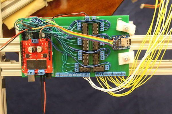 Arduino GuitarBot - elektronika kytary