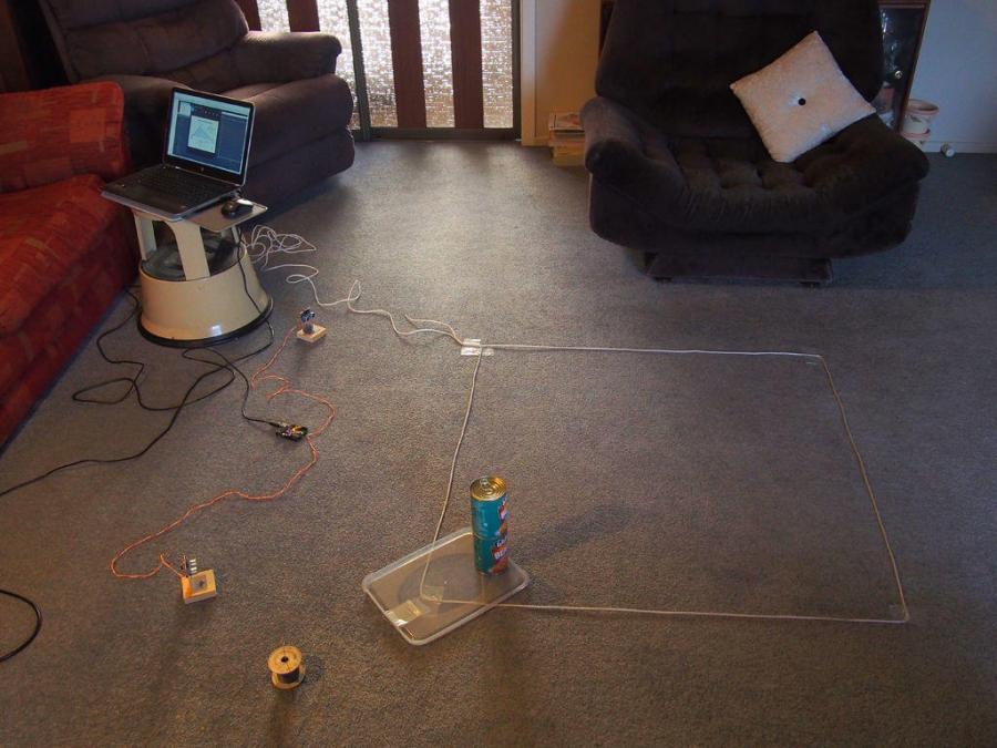 Arduino echolokátor ze dvou ultrazvukových modulů - Testovací plocha