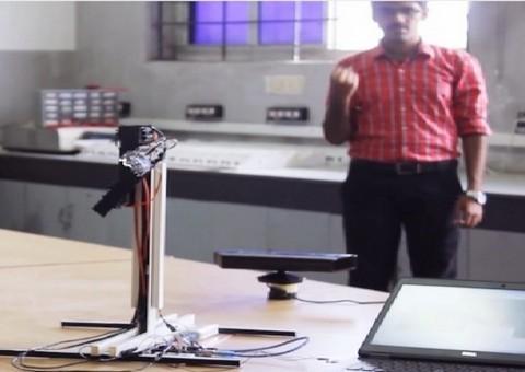 Arduino robotická ruka ovládáná gesty pomocí Kinect
