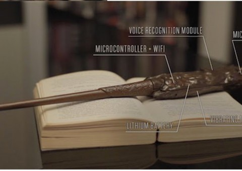 Arduino kouzelná hůlka s hlasovým ovládáním