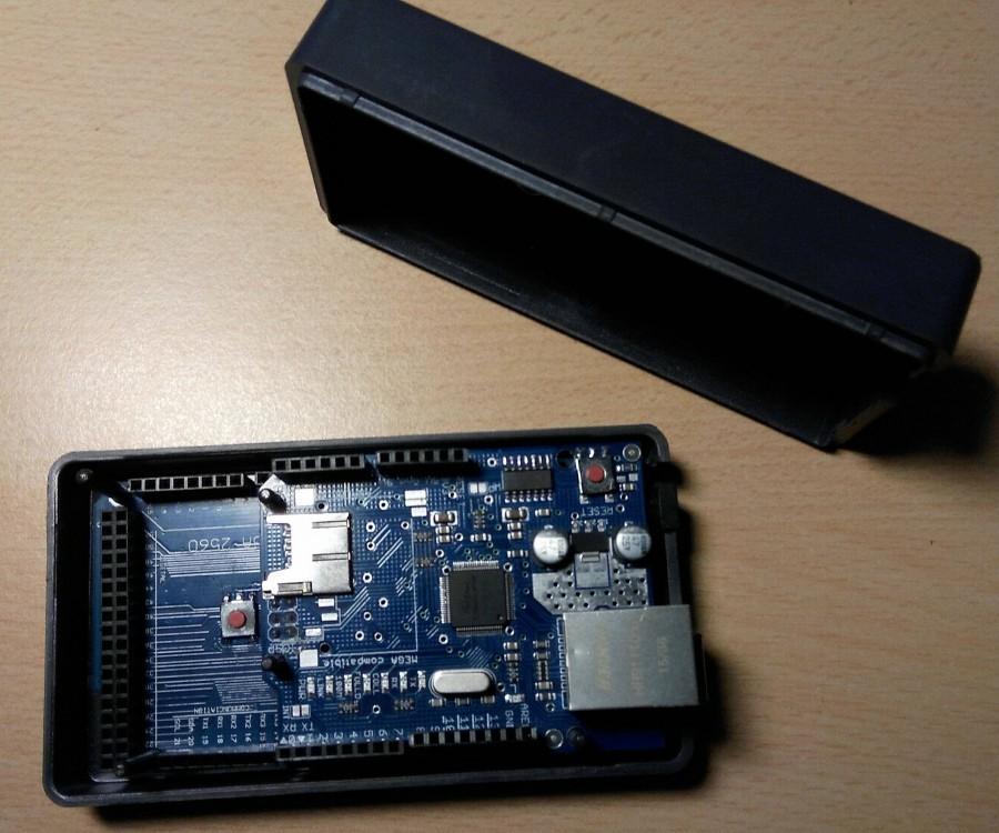 Arduino krabička z Alzy