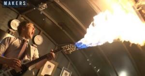Arduino kytara chrlící plameny