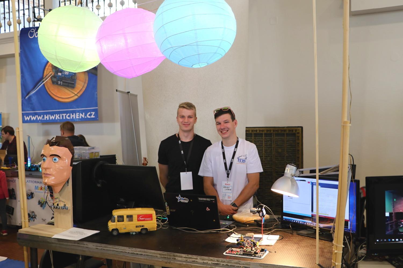 Arduino lampióny a výchovný robot jménem Ignác