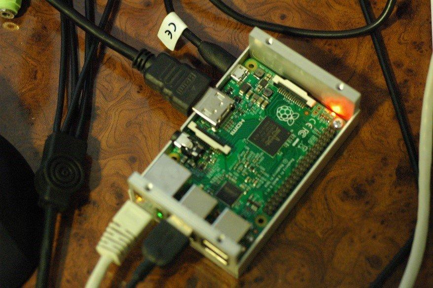 Arduino meteostanice WeatherDuino - Raspberry PI server