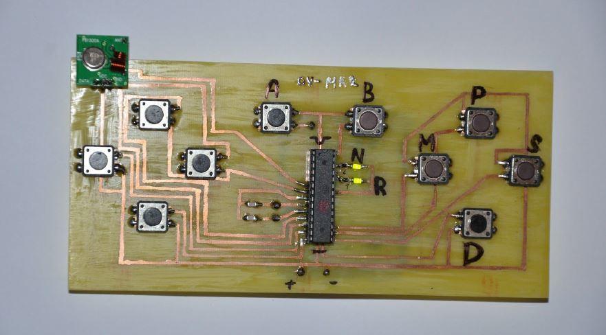 Arduino - Bezdrátový ovladač robota