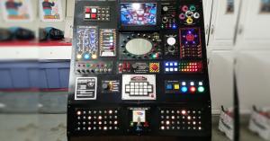 Arduino sci-fi ovládací pult