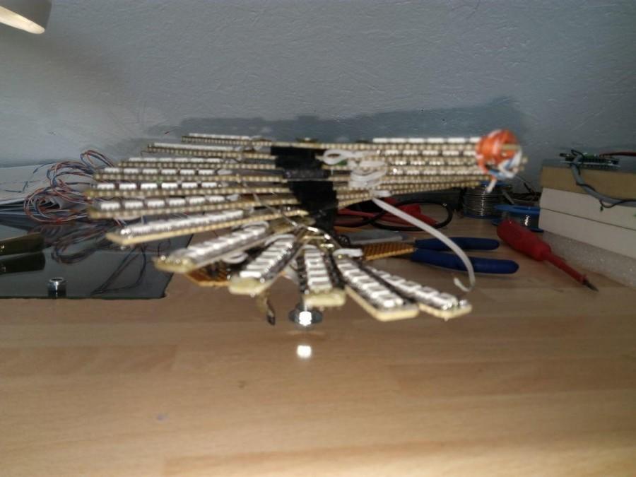 Arduino POV 3D holografický displej - Konstrukce