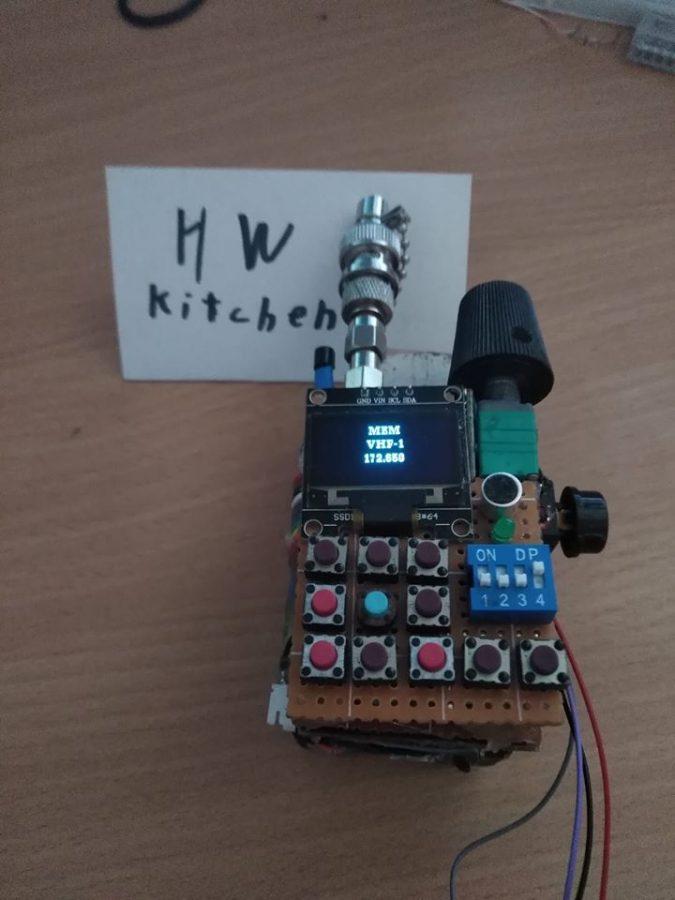 Arduino ruční radiostanice na pásmo 2m