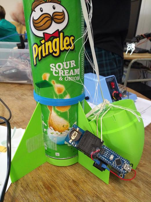 Arduino raketa pro záznam telemetrie letu