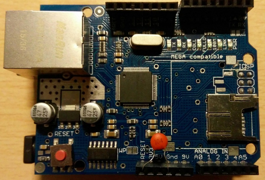 Řešení problémů s Arduino Ethernet Shieldem - Připojený kondenzátor