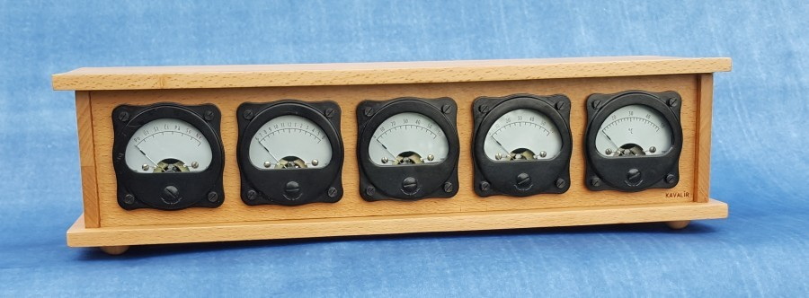 Retro Arduino hodiny - Detail ciferníků
