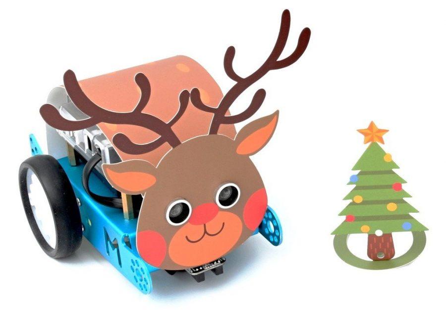 Arduino robot mBot ve vánočním kabátě