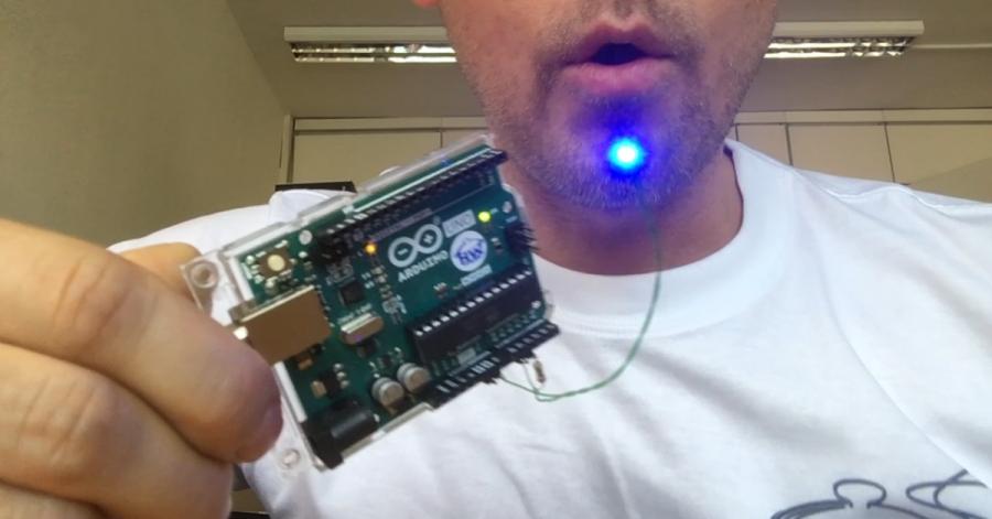 Arduin LED svička - sfouknutí