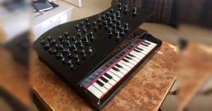 Arduino syntetizér z dětského klavíru