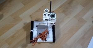 Hotový robotický tank Arduino