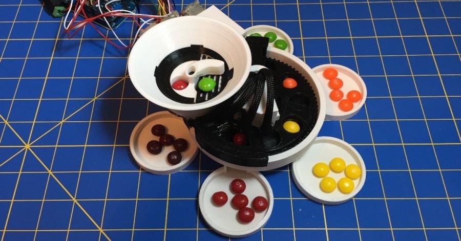 Open-source Arduino třídička bonbonů