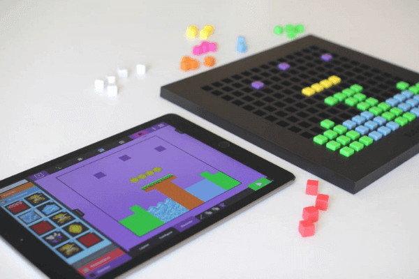 Bloxels - Vytvořte si videohru