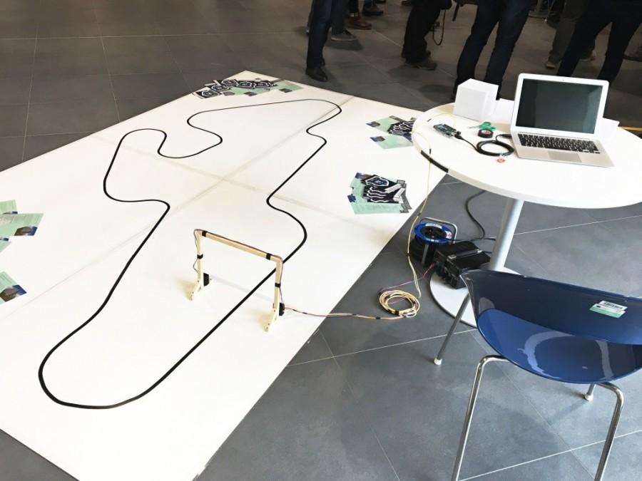 Čára na soutěži Arduino robotů Student4Automotive