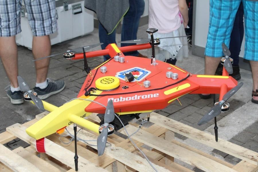 Dron Robodrone