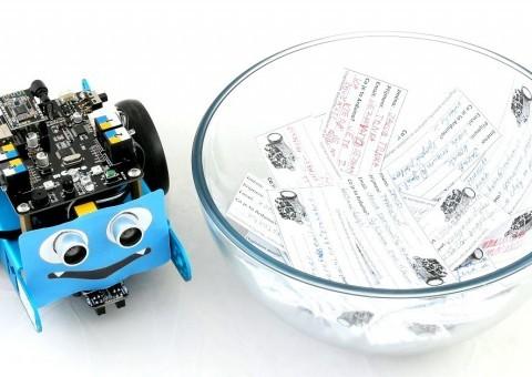 Soutěž o robota mBot na DronFest 2016