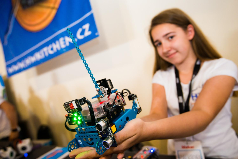 Robot mBot jako automatická závora