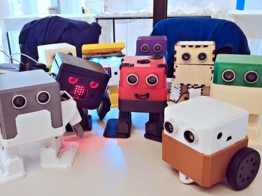 Přehlídka robotů