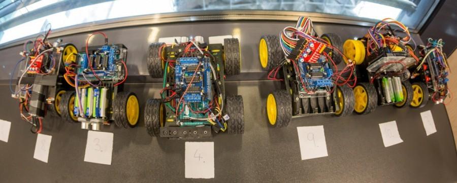 Přehlídka Arduino robotů na soutěži Student4Automotive - detail