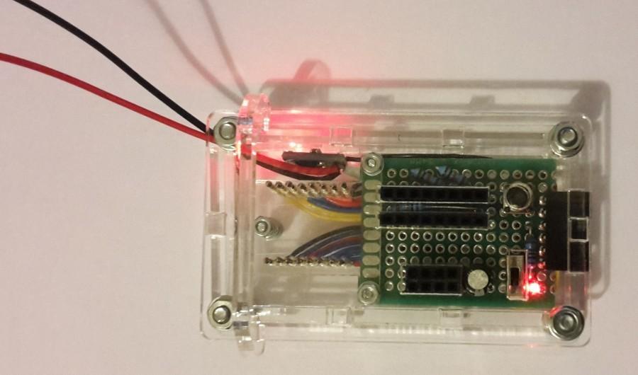 Programátor pro ESP - LED indikátor módu (programování / běh)