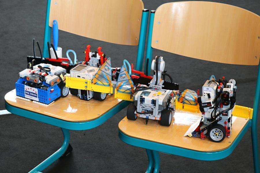 Výstavka SUMO robotů