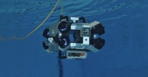 Podvodní Arduino robot Scubo