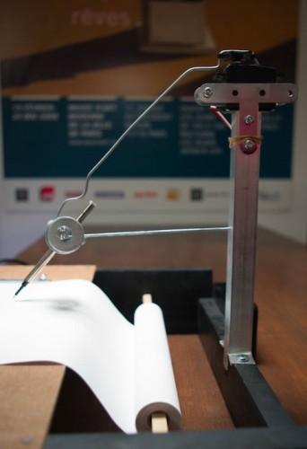 Seismograf postavený z Arduina