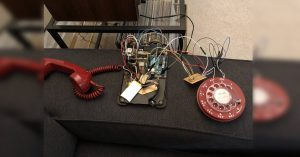 Starý telefon ožívá díky Arduinu