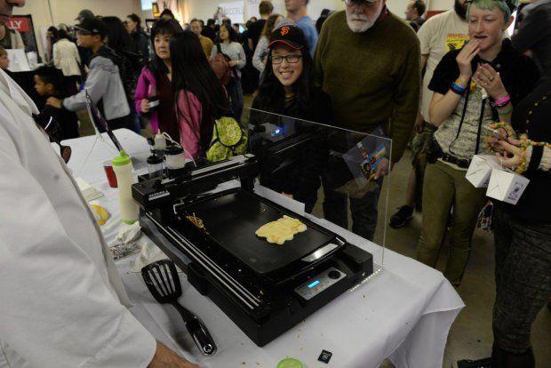 Mlsné návštěvníky potěšila tiskárna palačinek.