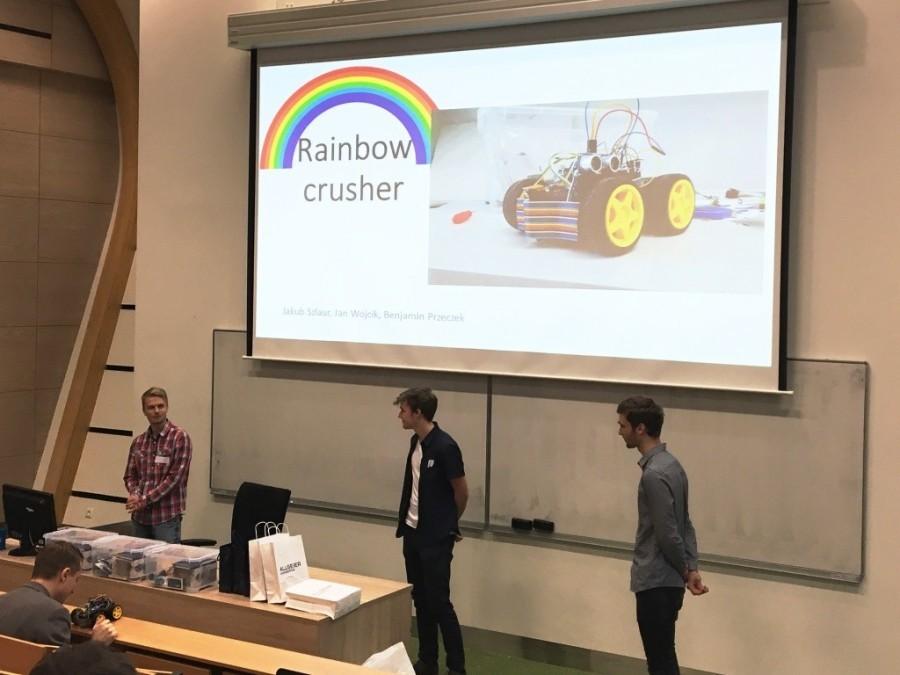 Rainbow crusher - prezentace Arduino robota