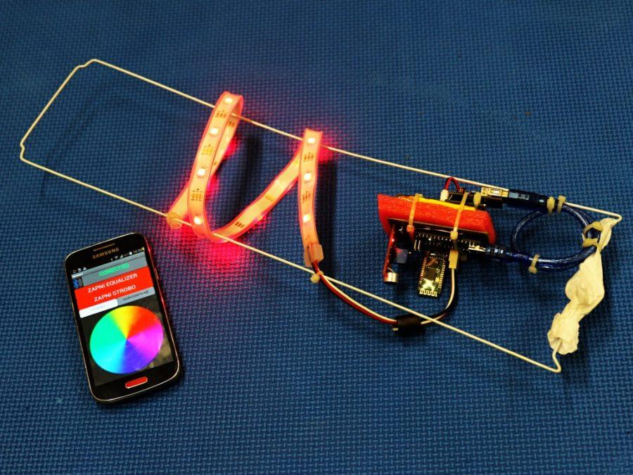 Vnitřek Arduino lampionu + aplikace pro Android
