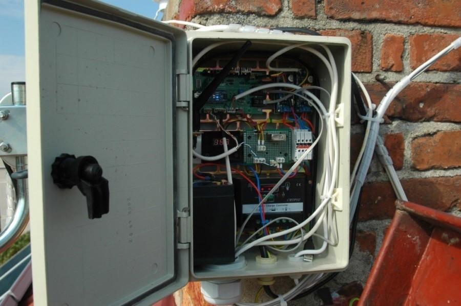 Arduino meteostanice WeatherDuino Pro 2 - Krabice pro střešní instalaci