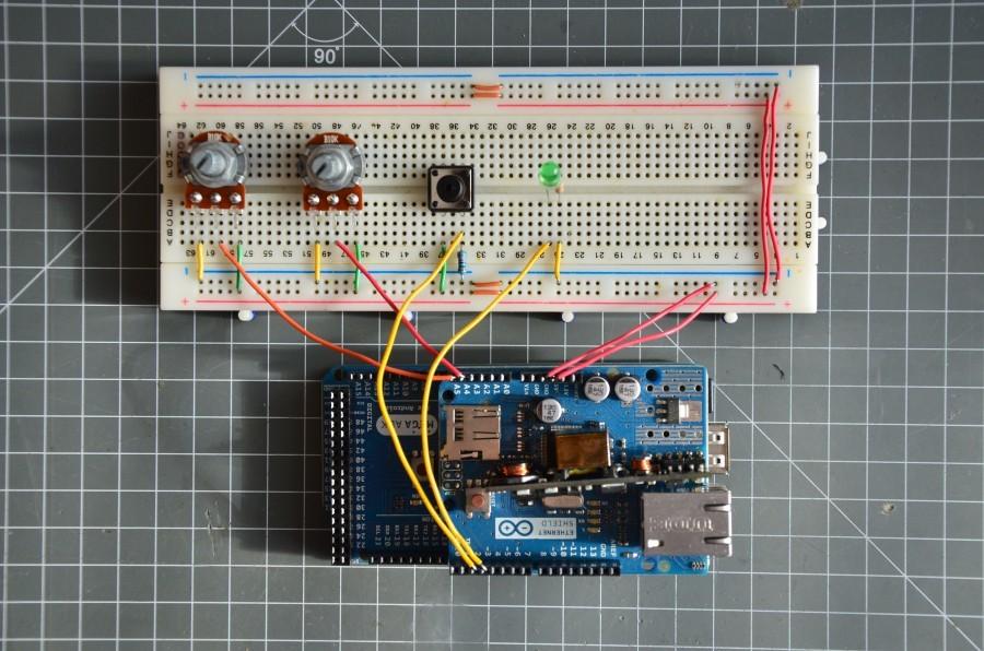 Zapojení simulující senzory a výstupní zařízení Arduino